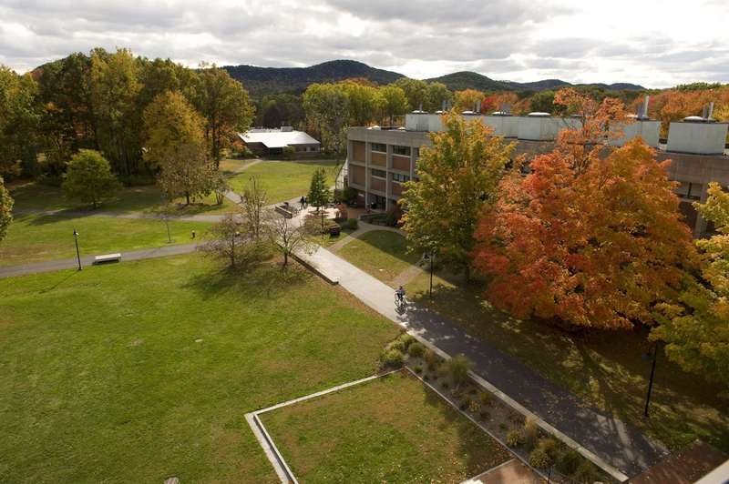 hampshire college analytical essay Hampshire college rankings niche rankings are based on rigorous analysis of key statistics from the us department of education and millions of reviews.